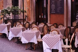 Italian restaurant outdoor seating with tables